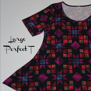 LuLaRoe Large Perfect T